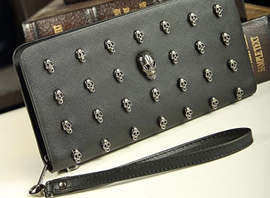 Women's Leather Purse w/ Skull Rivet